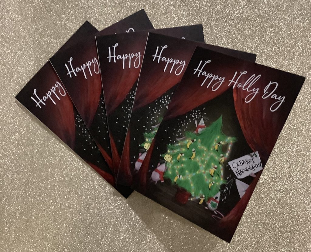 5 Happy Holly Day Christmas Cards depicting a tree and 3 festive mice